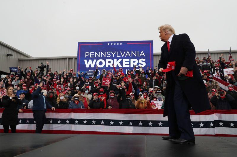 Trump e Biden fazem campanha na Pensilvânia em busca de votos em Estado decisivo