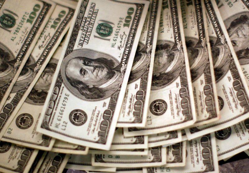 Dólar amplia alta contra real com foco em EUA e disseminação da Covid-19
