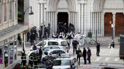 Três morrem e mulher é decapitada em ataque a igreja na França