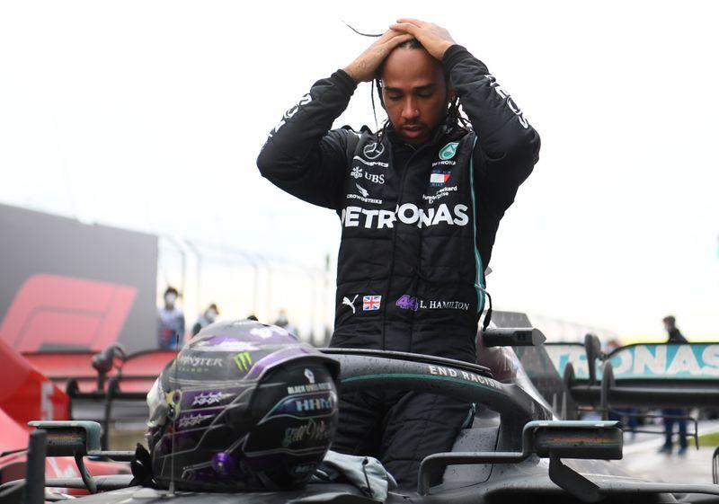 Hamilton conquista sétimo título mundial da F1 em grande estilo