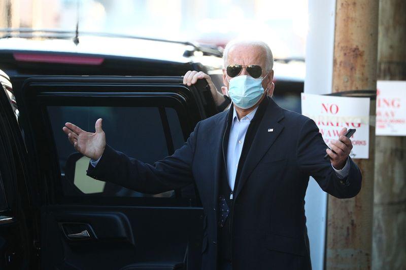 Disparada do coronavírus aumenta pressão para agência dos EUA aprovar transição Trump-Biden