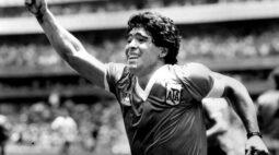 Craque argentino Maradona morreu de ataque cardíaco, diz seu advogado