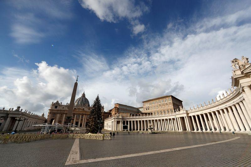 Papa defende que países compartilhem vacinas contra coronavírus