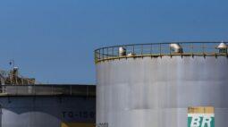 Fux decide julgar venda de refinarias da Petrobras no plenário do STF