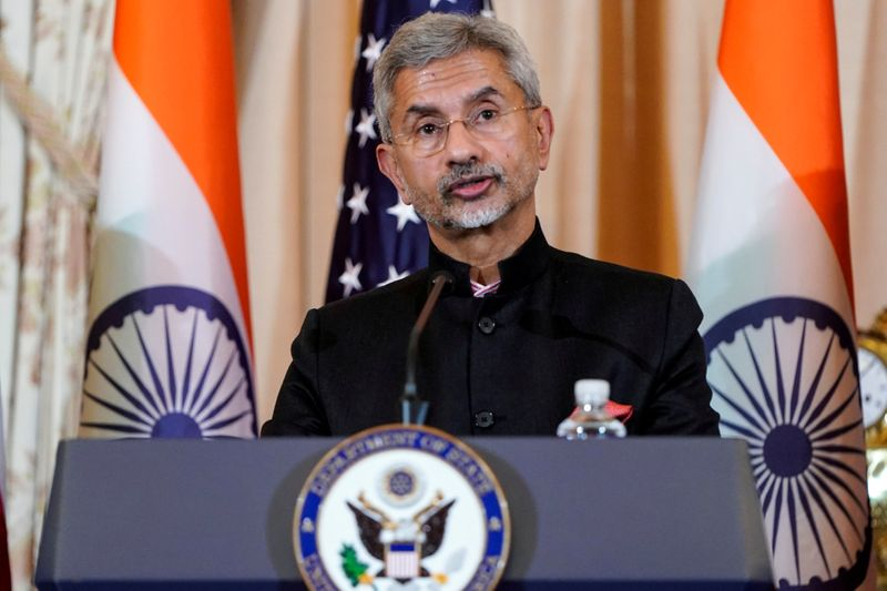 """REUTERS NEXT-Índia diz que confiança na China está """"profundamente abalada"""" e laços com EUA em ascensão"""