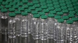 Índia iniciará exportações de vacinas contra Covid-19 na quarta-feira