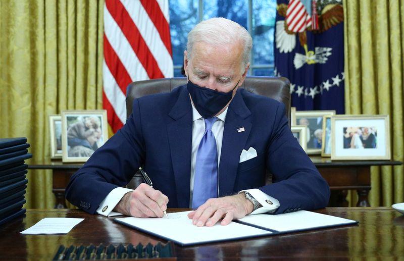 Governo Biden tenta convencer republicanos a aprovar plano de alívio de U,9 trilhão
