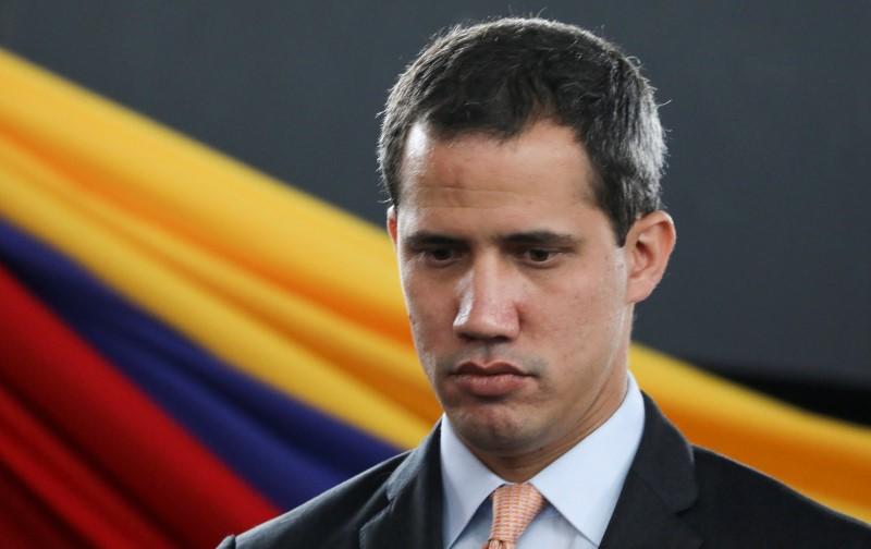 UE não reconhece mais Guaidó como presidente interino da Venezuela