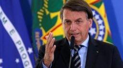 Lamento muita gente passando necessidade, mas endividamento está no limite, diz Bolsonaro sobre auxílio