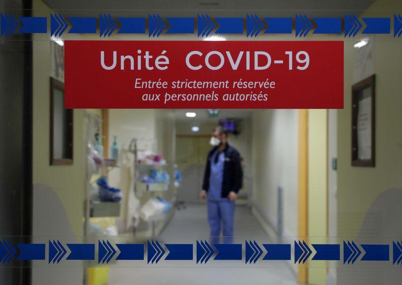 França precisa de lockdown devido a aumento de casos de Covid-19, diz autoridade hospitalar