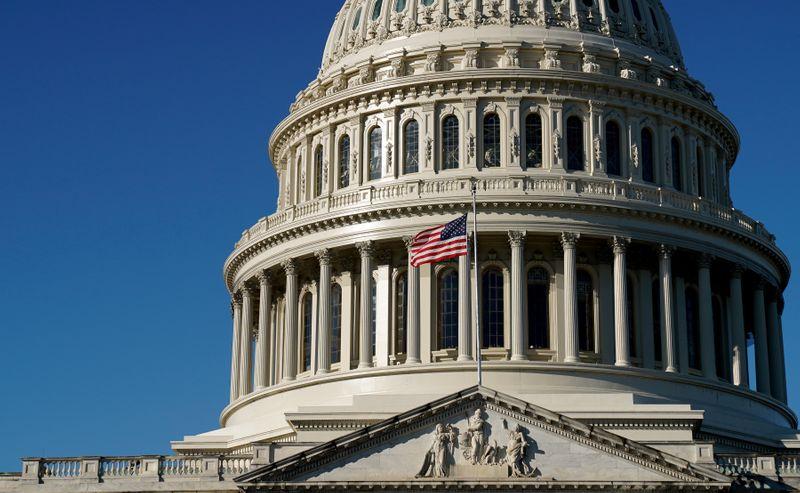 Biden obtém vitória legislativa após Câmara aprovar pacote de alívio de US,9 tri