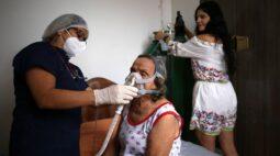 ENFOQUE-Latino-americanos vendem casas e fazem empréstimos para pagar dívidas da Covid-19