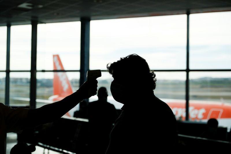 Portugal prorroga suspensão de voos da Grã-Bretanha e do Brasil até meados de abril