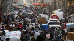 Disparada de casos de Covid-19 na Ásia gera falta de leitos em hospitais