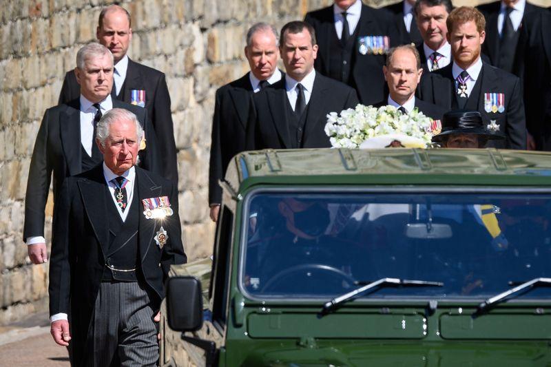 Funeral de príncipe Philip acontece neste sábado (17); veja