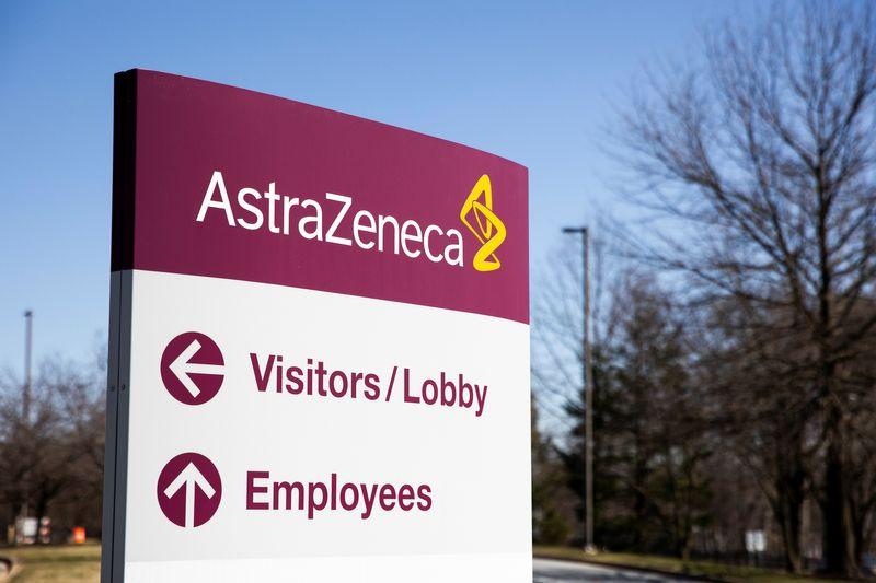 UE processa AstraZeneca devido a atraso em remessas de vacina contra Covid-19