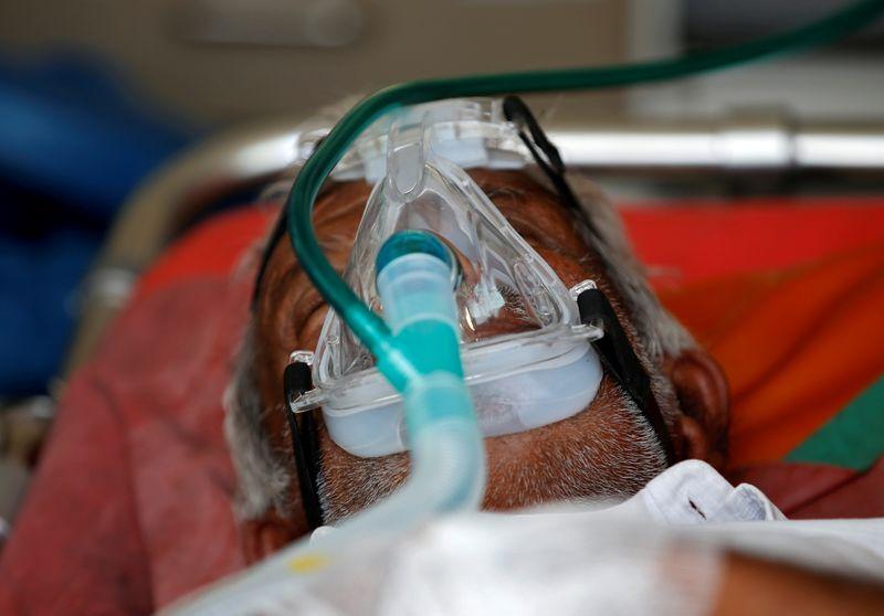 Índia recebe auxílio médico ao se aproximar de 200 mil mortes de Covid-19