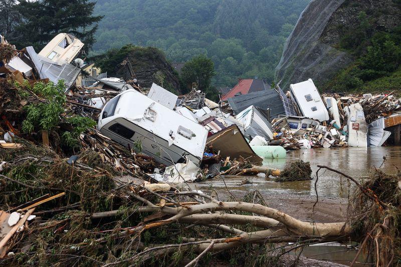 Mortes em enchentes na Alemanha e na Bélgica crescem para 170