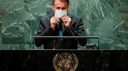 Bolsonaro e integrantes de comitiva ficam em isolamento e fazem novo teste até domingo