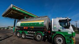 MG tem falta de combustível por bloqueio em distribuidoras; protesto acaba no Rio