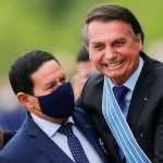 TSE rejeita ações contra chapa Bolsonaro-Mourão, mas manda recados sobre 2022