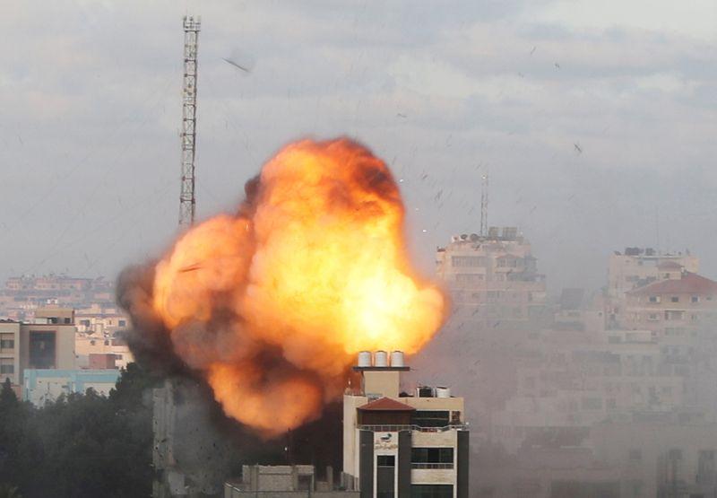 Conflito entre Israel e Hamas retorna após breve pausa; 2 trabalhadores tailandeses morrem