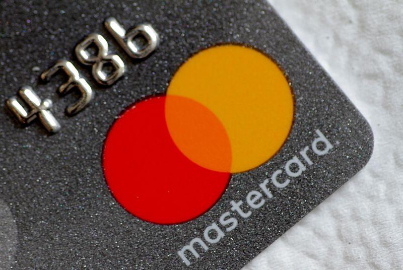 Mastercard remove marca da Copa América no Brasil em meio a preocupações sobre Covid