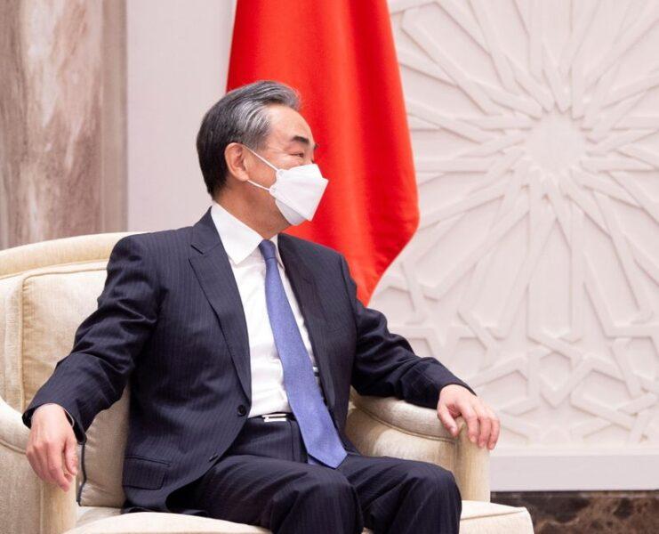 China pede redução de arsenais nucleares de EUA e Rússia em conferência