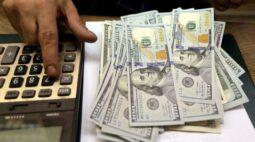 Dólar tem pouca movimentação com projeções do BC e política monetária em foco