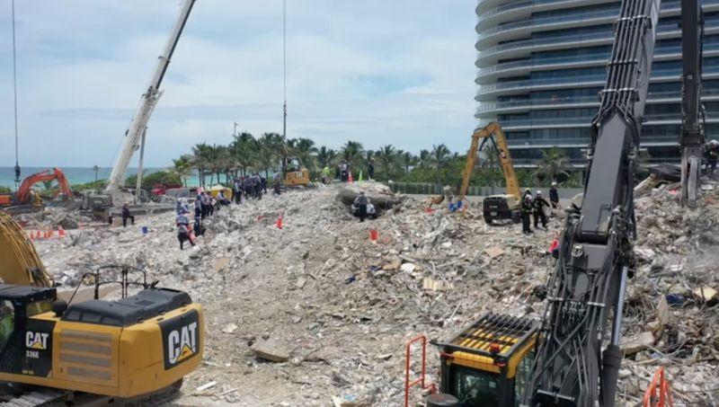 """Após colapso de prédio da Flórida, """"todos culparão uns aos outros"""""""