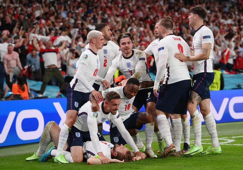 Inglaterra bate Dinamarca com gol de Kane na prorrogação e vai à final da Euro
