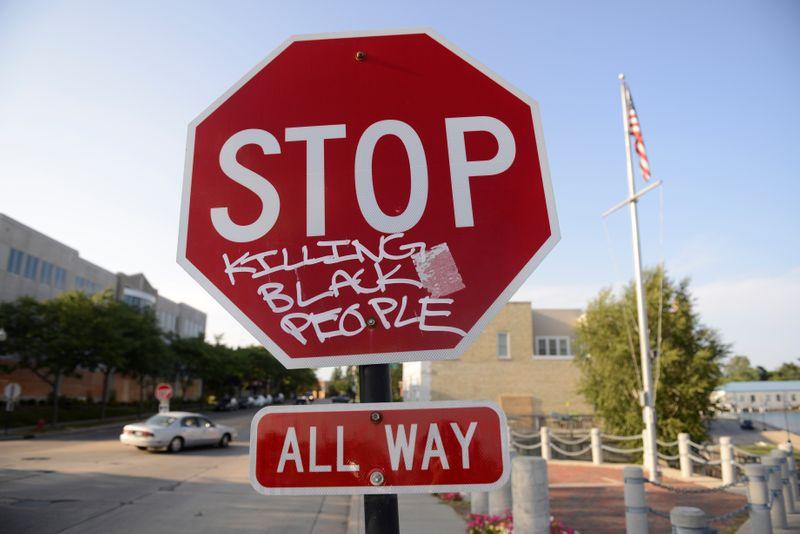 """ONU vê ação """"excessiva"""" da polícia em disparos contra homem negro em Wisconsin"""