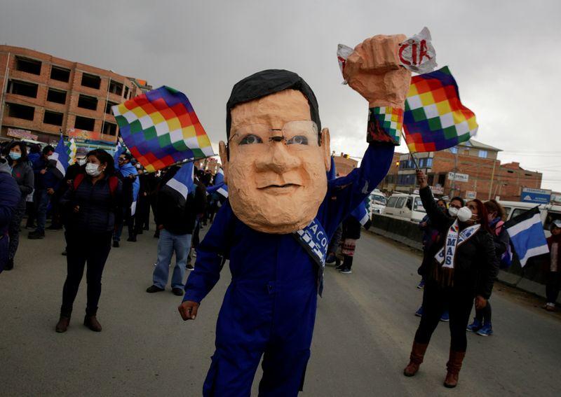 Candidato de Evo Morales pode vencer eleição na Bolívia no 1º turno, aponta pesquisa