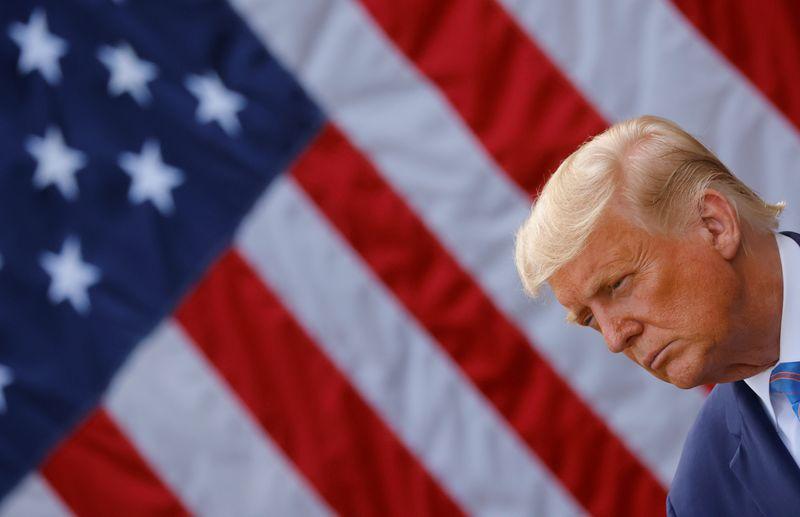 Trump eleva gastos com advogados em meio a crescente batalha legal na eleição