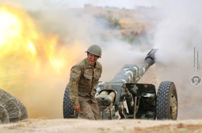 França e Turquia divergem enquanto combate em Karabakh divide Otan