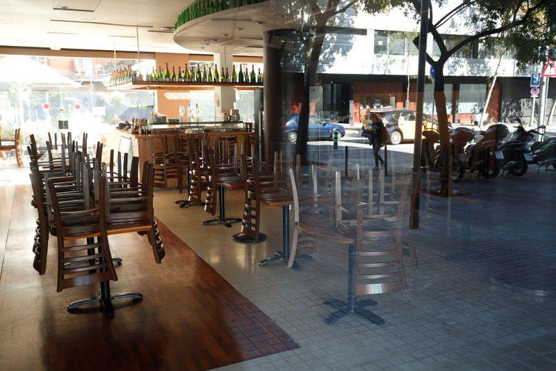 Região espanhola da Catalunha determina fechamento de bares e restaurantes por 15 dias