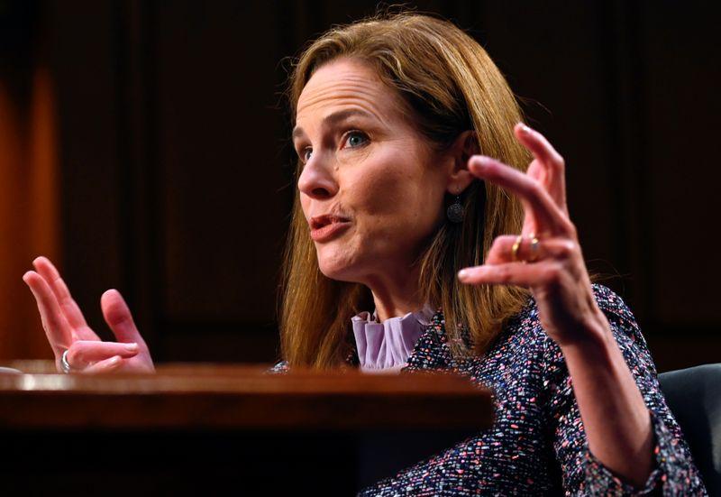 Comitê Judiciário do Senado dos EUA apoia votação de Barrett para Suprema Corte em 22 de outubro