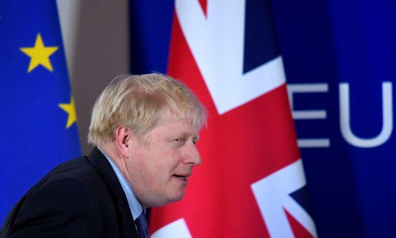 É hora de nos prepararmos para Brexit sem acordo comercial, diz premiê Johnson