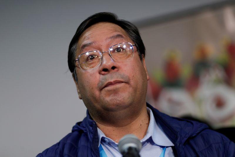Números oficiais da Bolívia mostram Arce com maioria de votos, confirmam contagem rápida