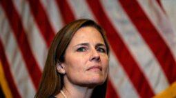 Senado dos EUA deve confirmar juíza Barrett para Suprema Corte