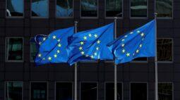 UE deve intensificar combate à Covid-19, alerta Comissão vendo pico de infecções