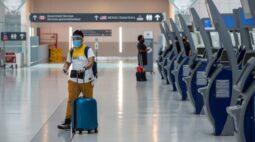 Testes para Covid-19 devem desempenhar papel maior nas viagens internacionais, diz OMS