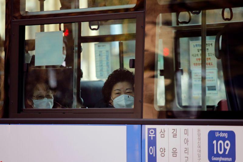 Pacientes assintomáticos provocam disparada de Covid-19 na Coreia do Sul