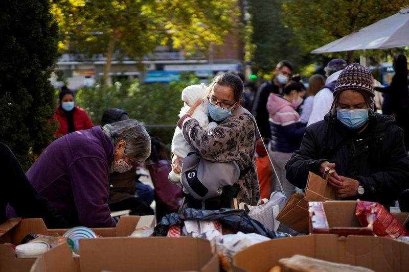 Covid-19 eleva em 40% número de pessoas que precisam de ajuda humanitária, diz ONU