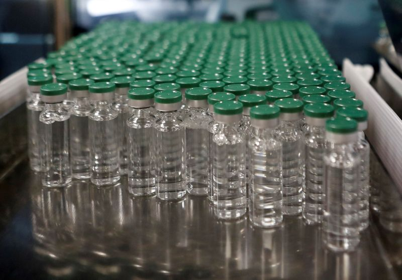 Índia cogita análise acelerada de uso emergencial de vacina contra Covid-19