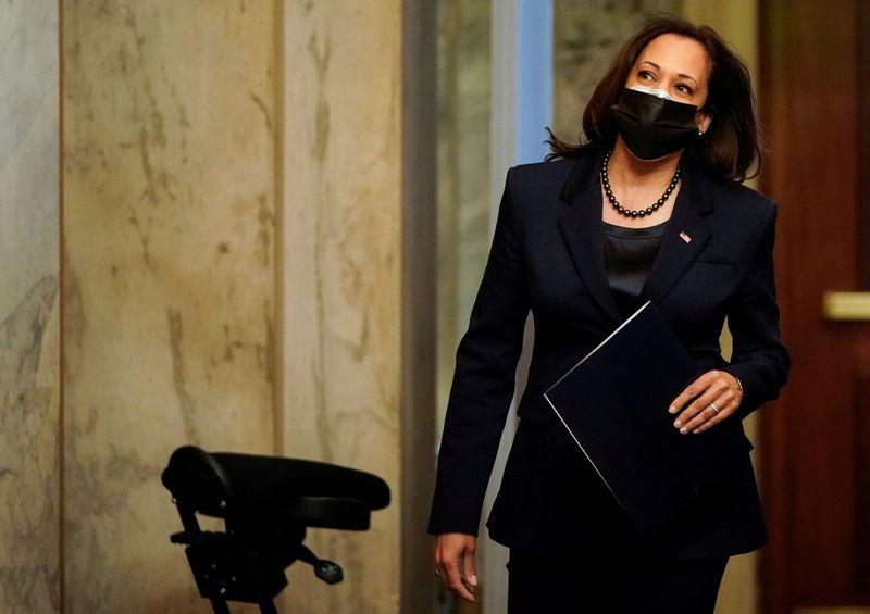 Filho de imigrantes mexicanos é indicado por governador para ocupar vaga de Kamala Harris no Senado