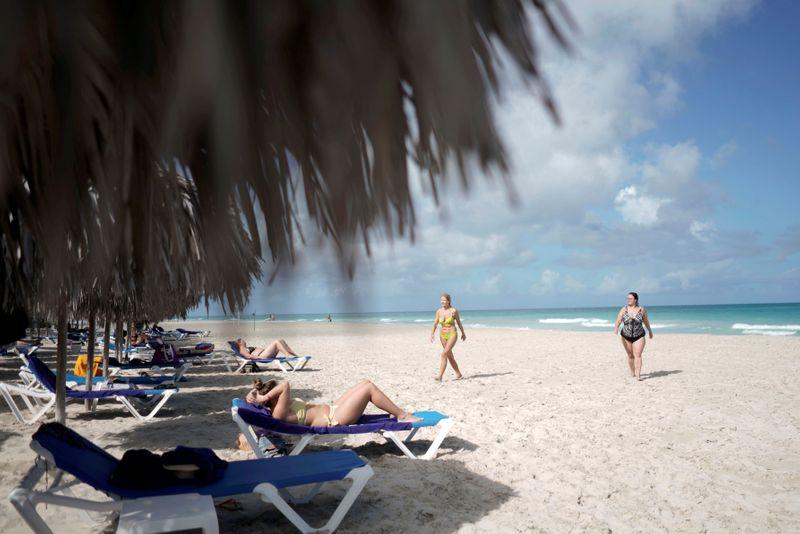 Cuba irá reduzir voos de EUA e outros paísesante alta de casos de Covid