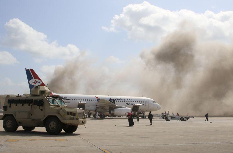 Ataque a aeroporto de Áden deixa 22 mortos após chegada de novo gabinete no Iêmen