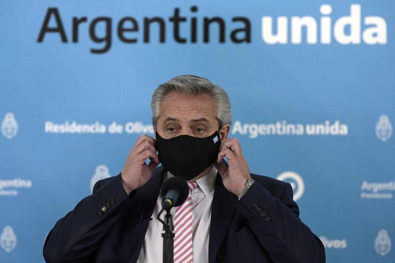 Argentina e México vão produzir possível vacina de Oxford contra Covid-19