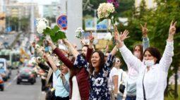 Belarus começa a libertar presos enquanto UE estuda sanções